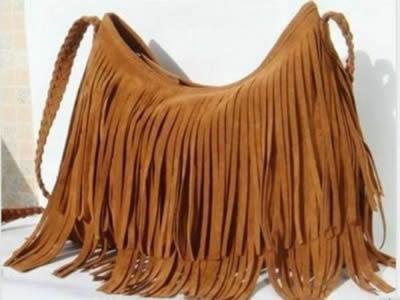 2016 püsküllü çanta
