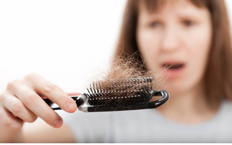 En çok saç dökülen aylar