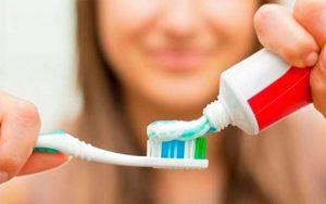 diş fırçalamak oruç bozarmı