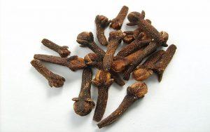 karanfil-ve-karanfilin-faydalari