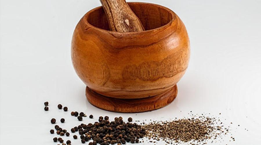 Zerdeçal ve Karabiber ile kullanılması Curcumin miktarını % 2,000 artırır.