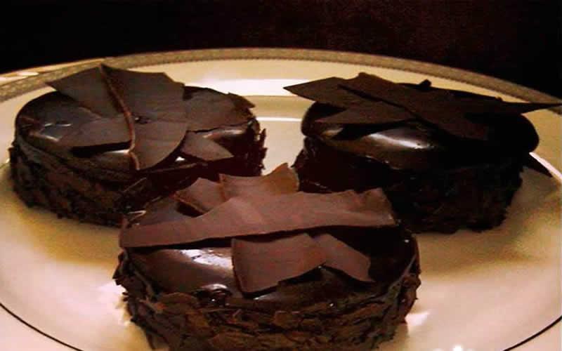 çikolatalı pastacıklar