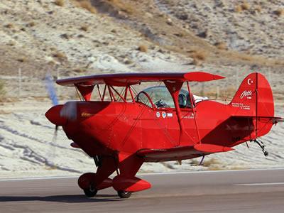 ilk kadın pilot